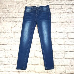 Between Us Skinny Jeans size 5